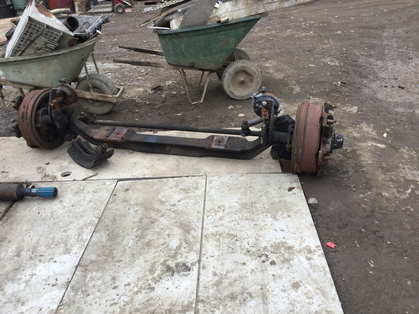 USED 1993 INTERNATIONAL 2554 AXLE ASSEMBLY DUMP TRUCK #555428