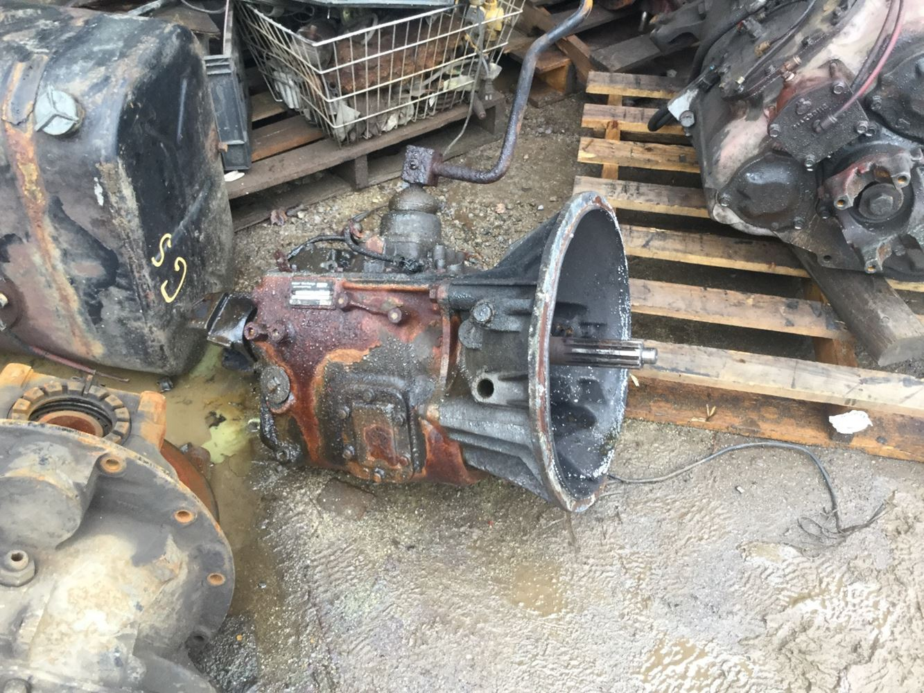 1994 Caterpillar 3116 Transmission Assembly