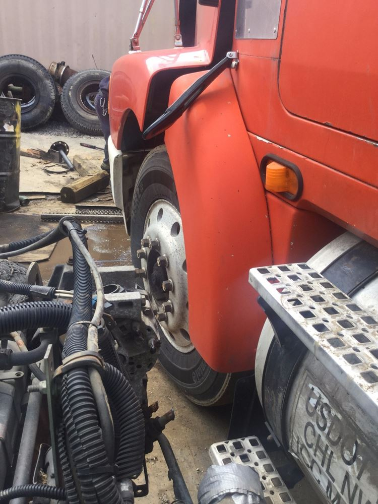 1996 Volvo WCA64T Fender Extension