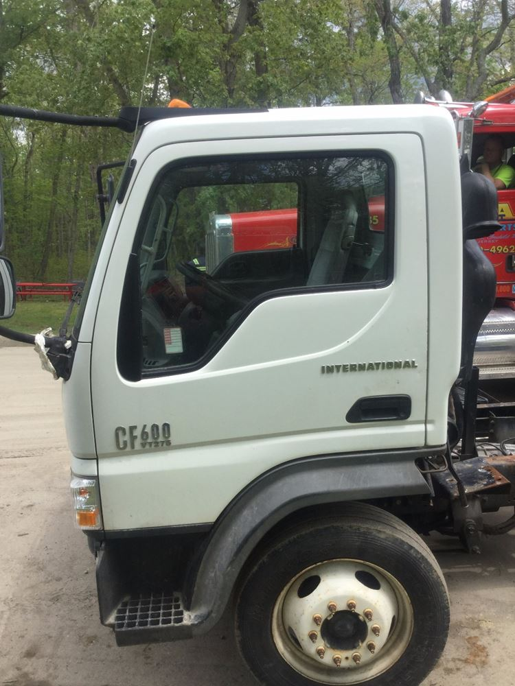2006 International CF600 Door