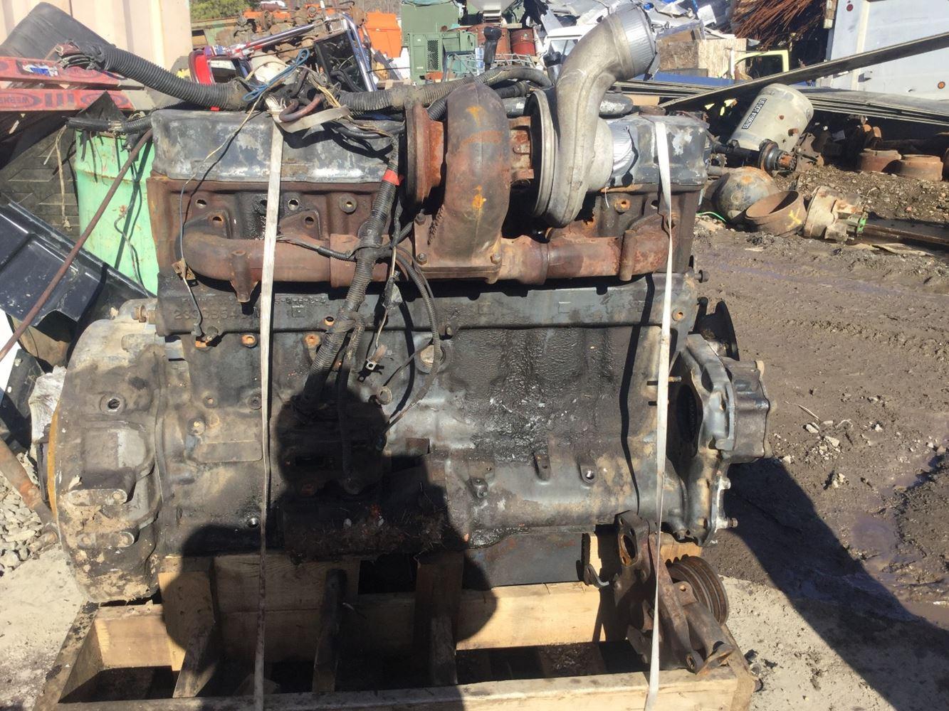 Mack E7 Engine Assembly