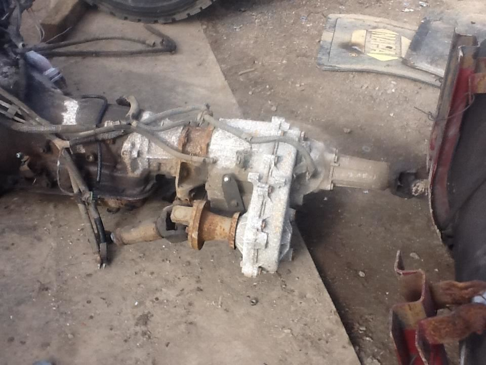 New Process/New Venture 241C Transfer Case Assembly