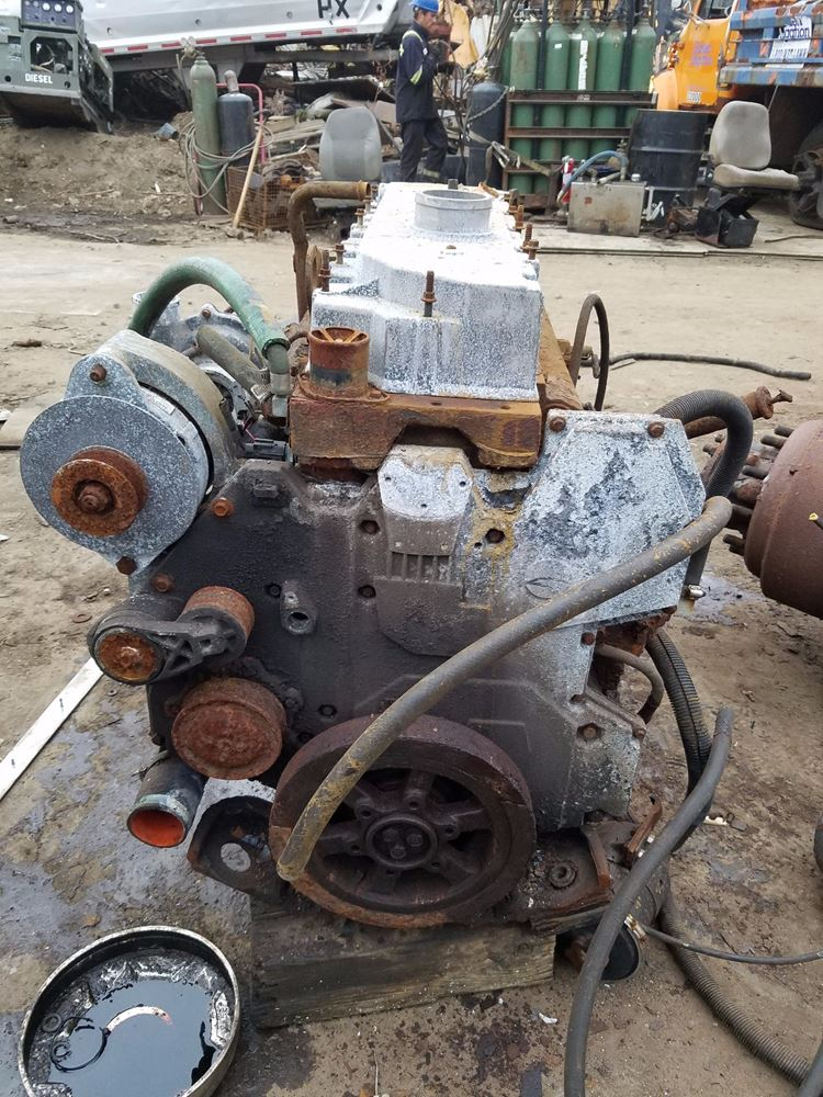 Engine for sale for Mercedes benz freehold parts