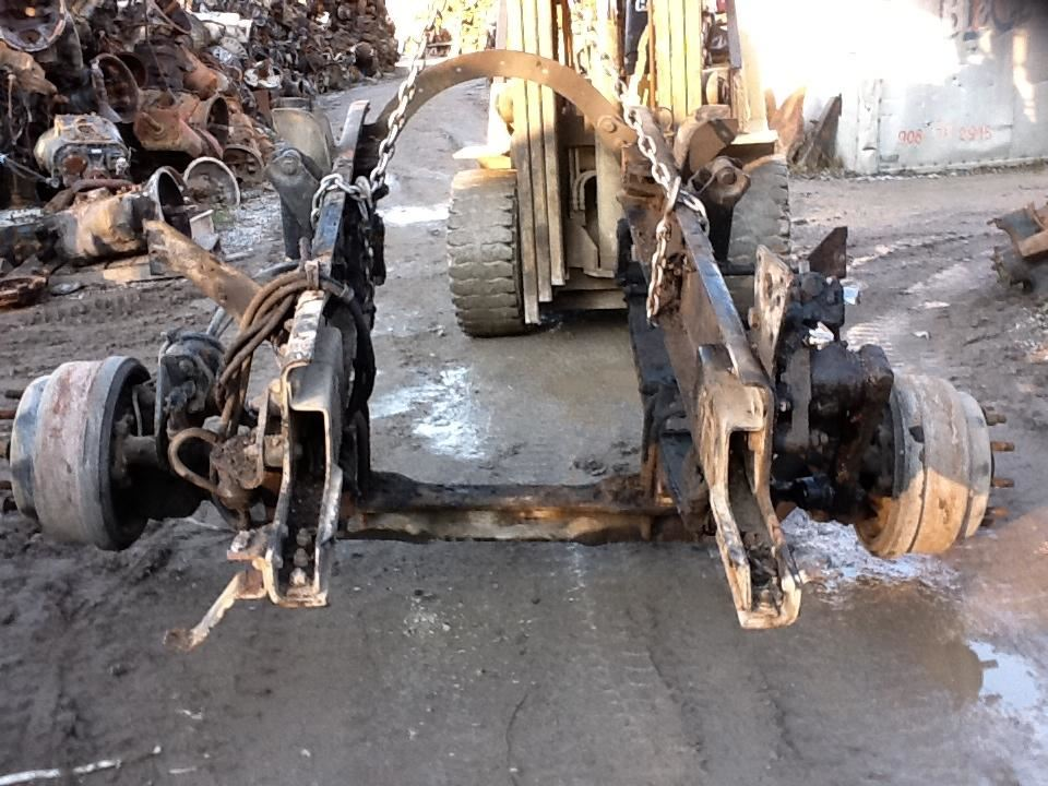 2000 Freightliner Fl941 Axle Assembly