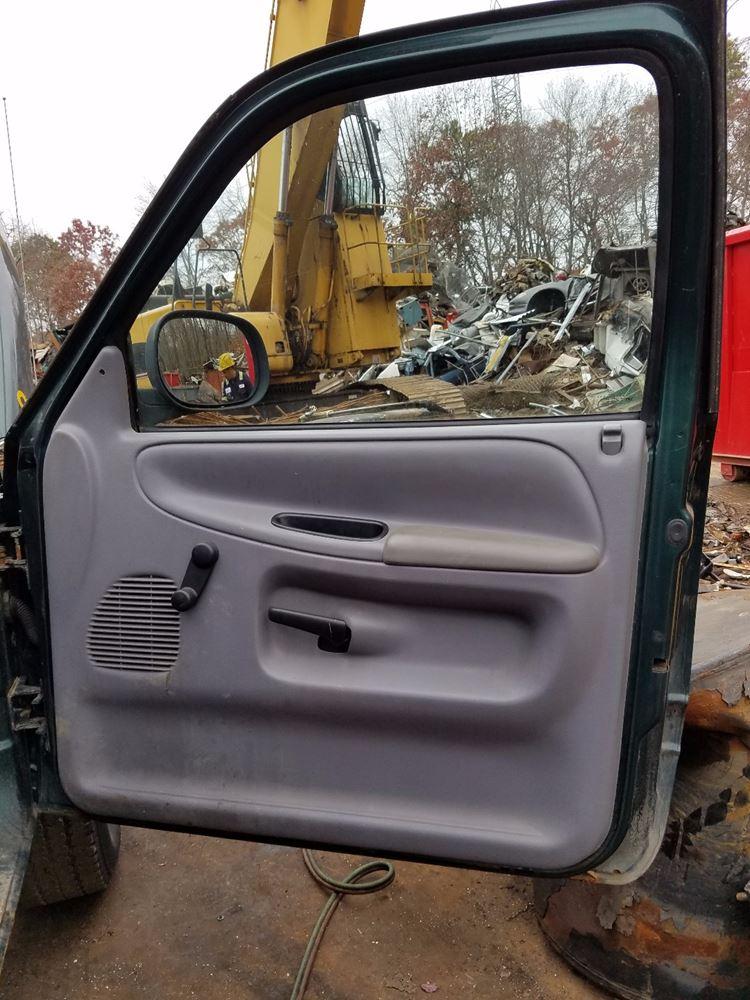 2001 Dodge Ram Pickup Door