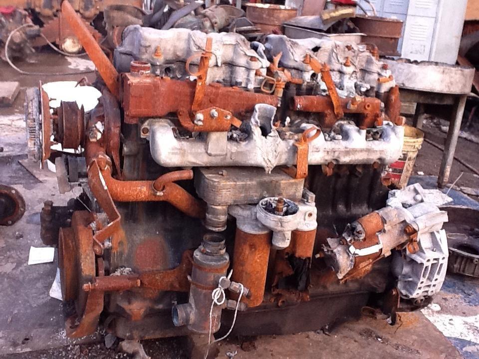 Mack AC-460 Engine Assembly