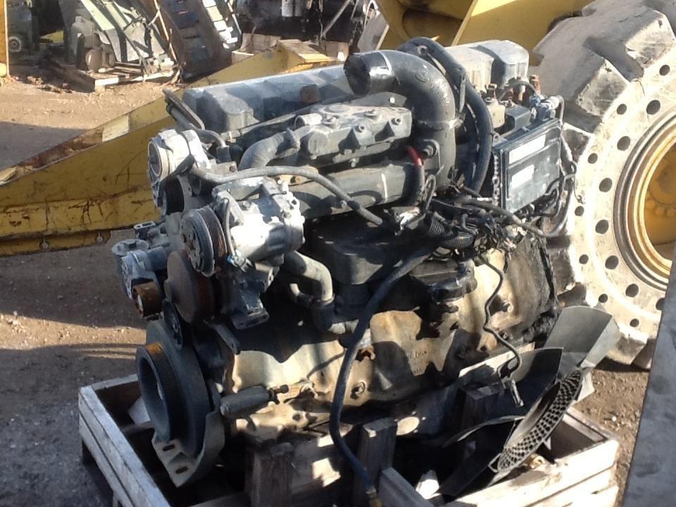 Mack AI 427 Engine Assembly