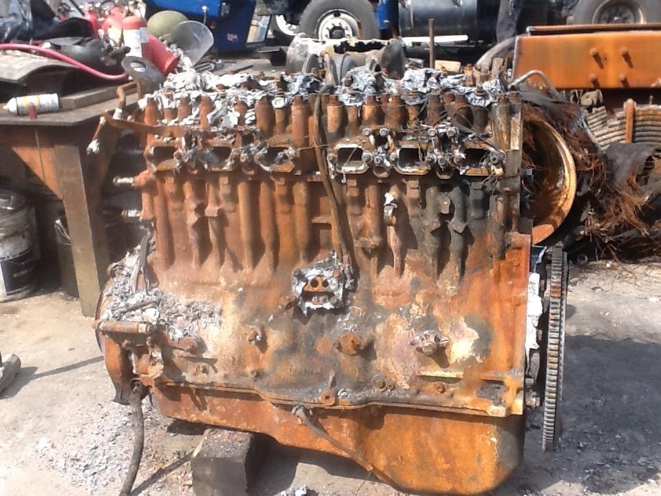 Mack CV713 Engine Assembly