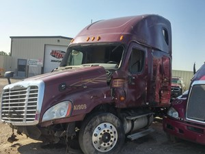 Freightliner Cascadia - Complete 2009 FREIGHLINER CASCADIA