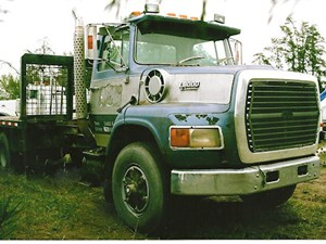Ford LS8000 - Salvage 2554-FORD