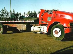 Kenworth T300 - Salvage 2687-KW