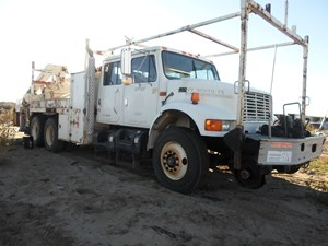 International 4900 - Complete A2677
