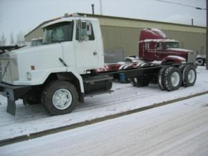 Volvo AUTOCAR ACL64 - Complete 518512