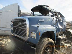 Ford LT9000 - Salvage yd2h081