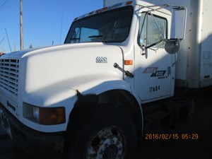 Salvage Heavy Duty International 4900 Trucks | TPI