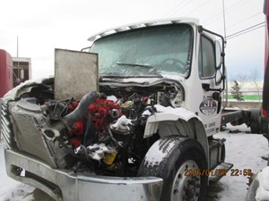 Freightliner M-2 BUSINESS CLASS - Salvage H259