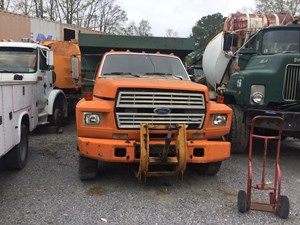 Ford F700 - Salvage T-SALVAGE-1009
