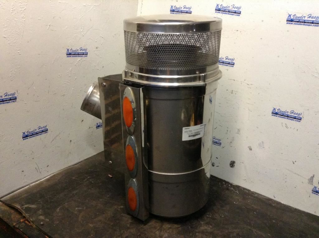 Freightliner Air Cleaners : Freightliner classic xl stock  air