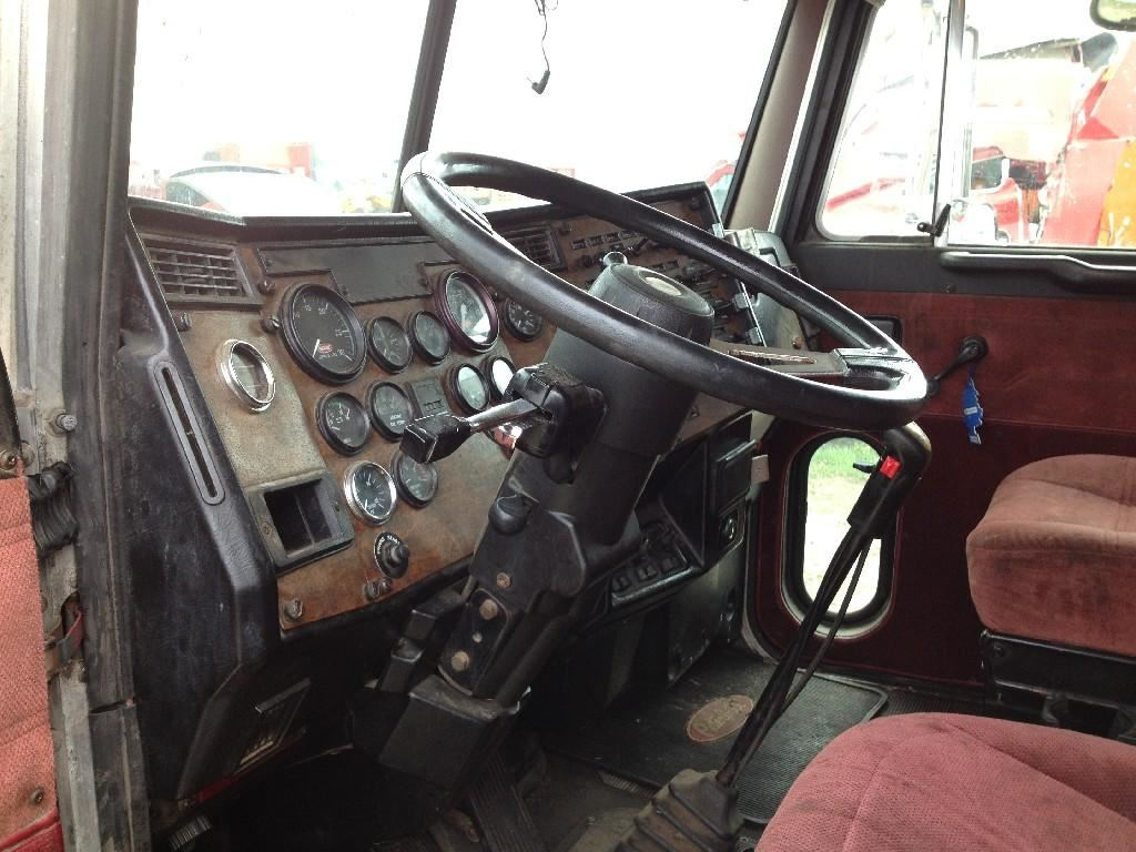Peterbilt interior parts peterbilt 359 interior parts - Peterbilt 379 interior accessories ...