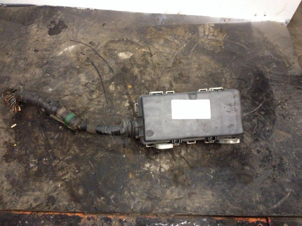 2009 Isuzu Npr Stock 24406116 Interior Misc Parts Tpi Fuse Box 19 September 2015 Image Subject To Change