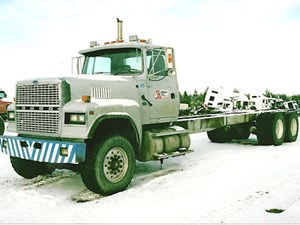 1995 Ford LTL9000 Cabs ygj7UKf300gg_b ford cab parts tpi ford ltl 9000 wiring diagram at gsmportal.co
