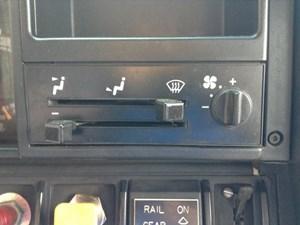 1993 GMC TOPKICK Interior Misc Parts G7J6MwTqpZ57_b gmc topkick interior mic parts tpi Custom GMC Topkick at reclaimingppi.co