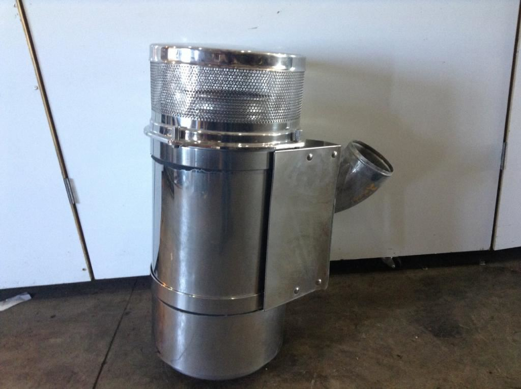 Freightliner Air Cleaners : Freightliner fld stock  air cleaners