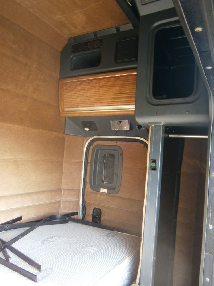 2001 peterbilt sleeper 48 inches plus extenders non for Unibilt homes pricing
