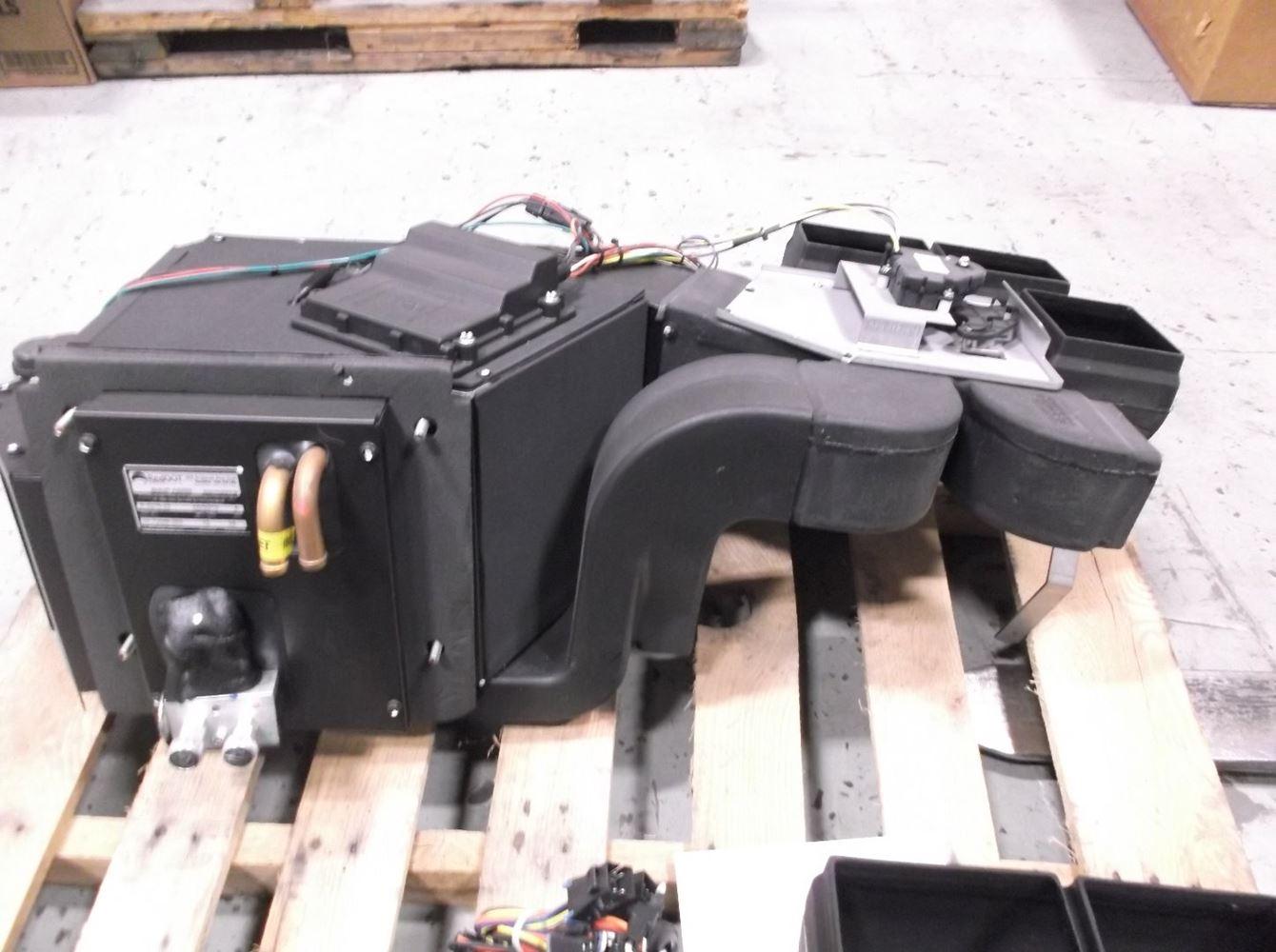 Western Star 4900 Stock 22 72098 000 Heater Core Box