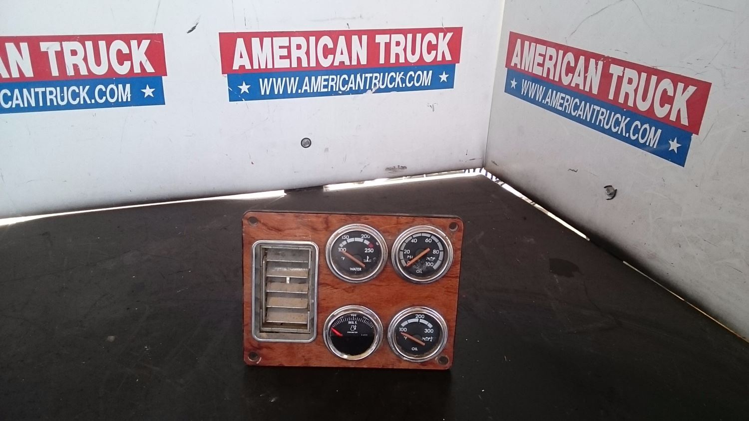 Used Miscellaneous for 1993 FREIGHTLINER FLD112 for sale-59041736
