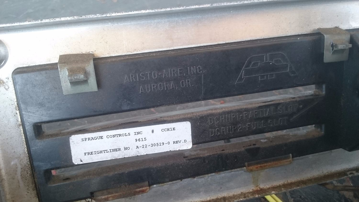 Used Parts for 1997 FREIGHTLINER FLD for sale-58980389