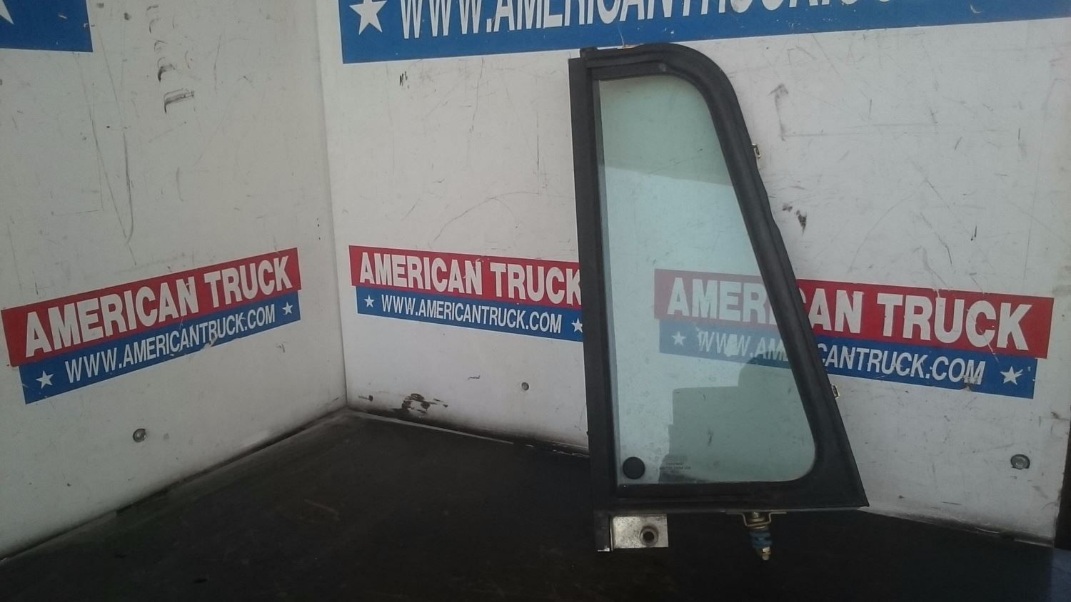 Used Parts for 1997 FREIGHTLINER FLD for sale-58980392