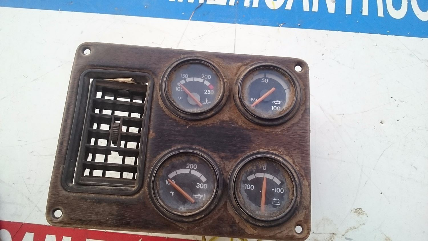 Used Miscellaneous for 1997 FREIGHTLINER FLD120 for sale-59007018