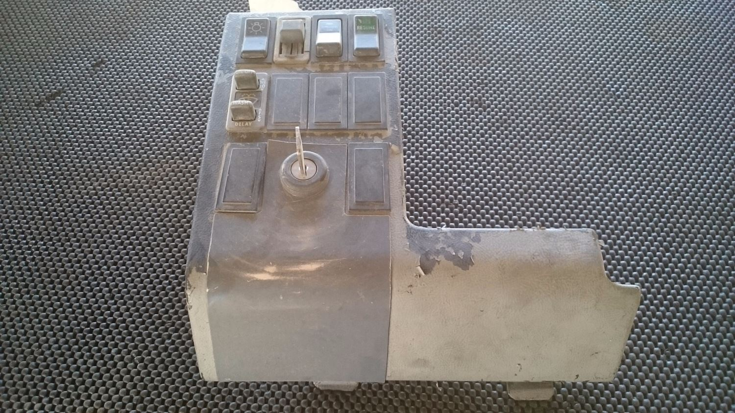 Used Parts for 1998 FREIGHTLINER FL70 for sale-59041841