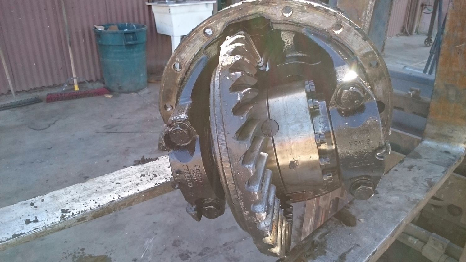 Used Parts for 1999 VOLVO VN for sale-58980715