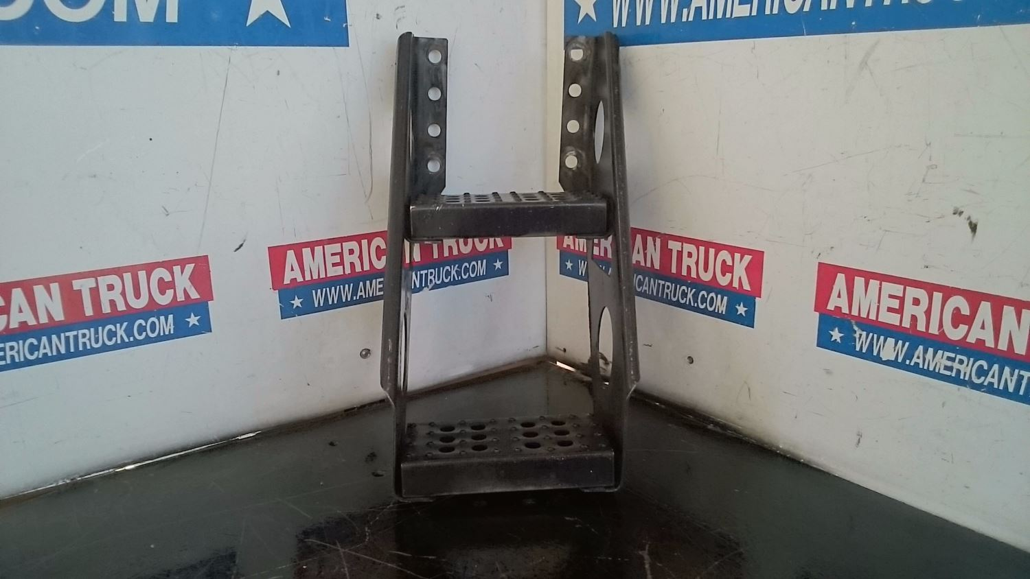 Used Miscellaneous for 1999 FREIGHTLINER FL70 for sale-58979578