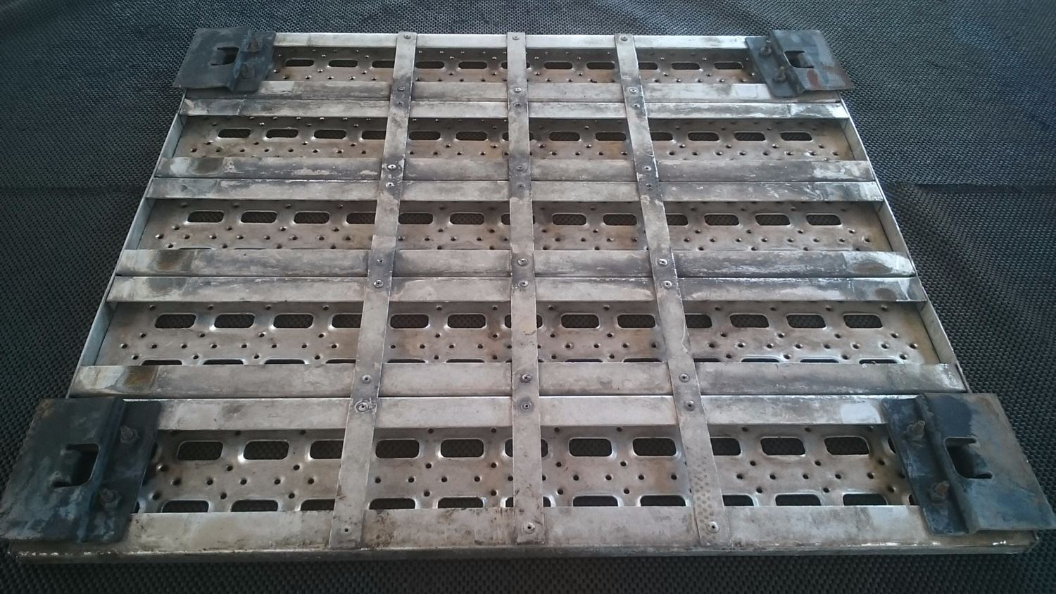 Used Parts for 1999 STERLING A9513 for sale-58980232