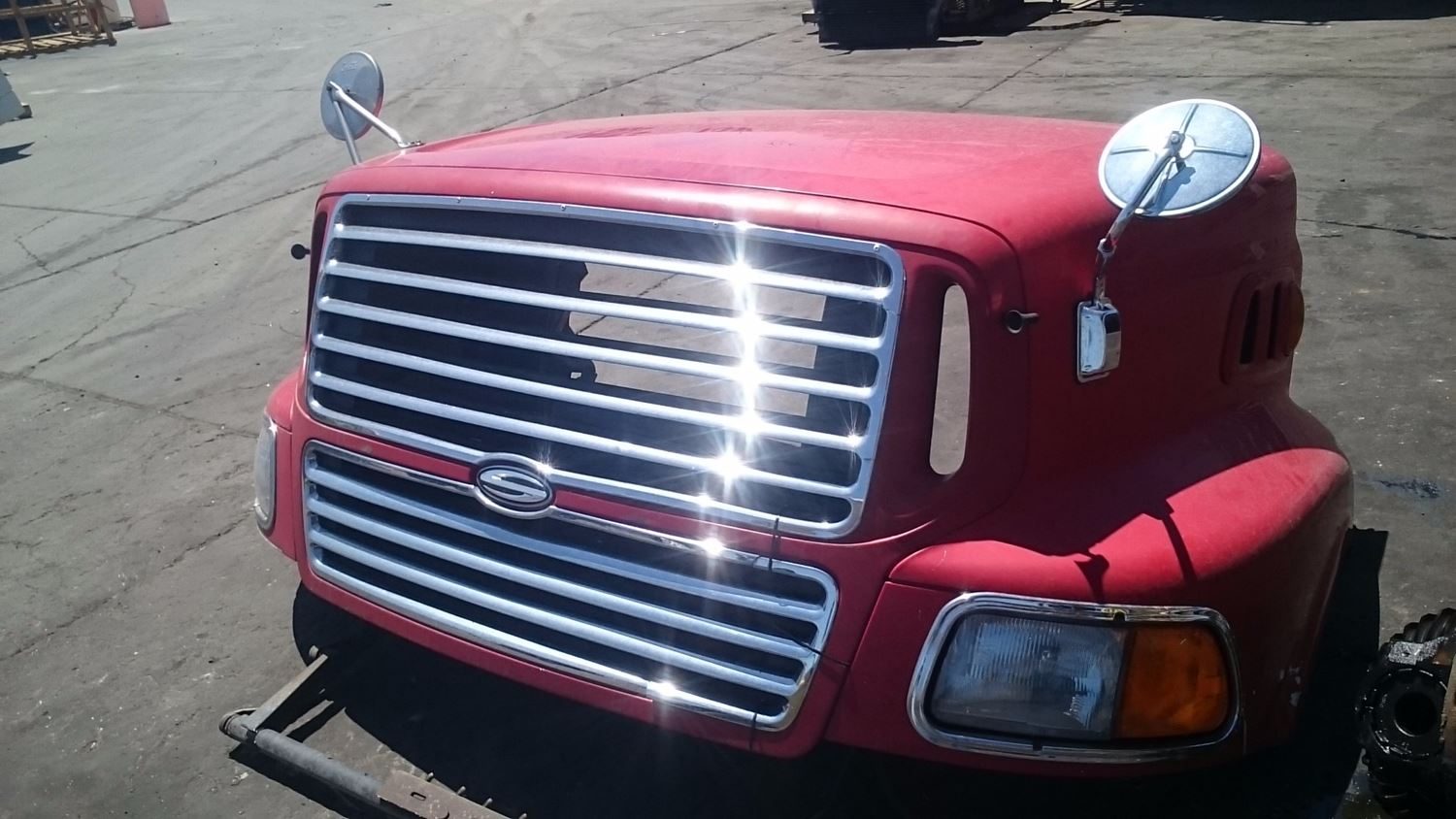 Used Parts for 1999 STERLING A9513 for sale-59043786