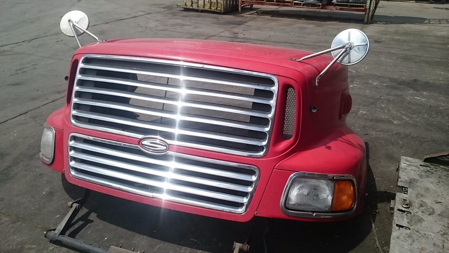 Used Parts for 1999 STERLING A9513 for sale-59006771