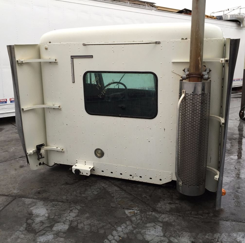 Used Parts for 2000 FREIGHTLINER CENTURY CLASS for sale-59040832
