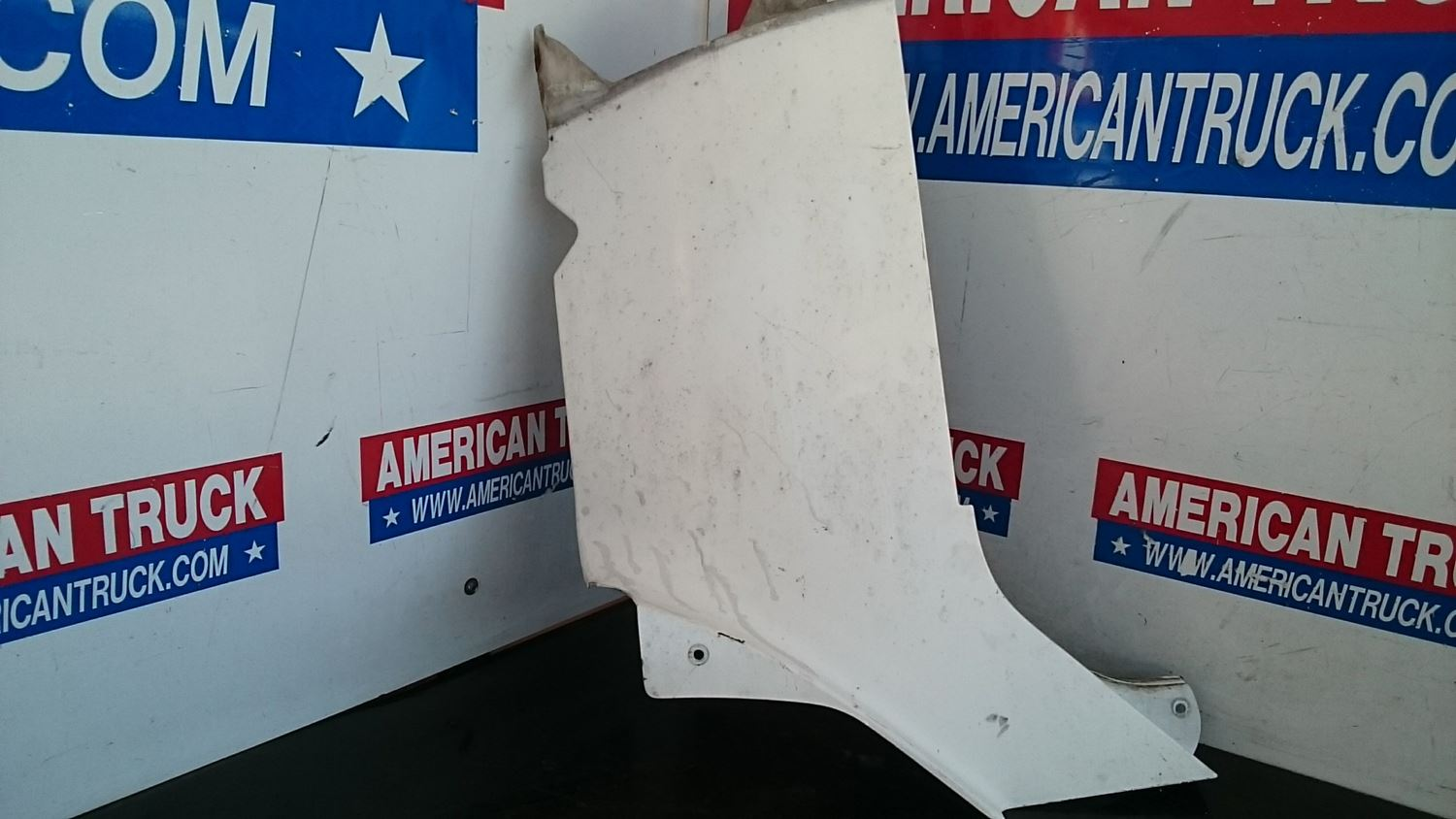 Used Cab & Cab Parts - Cowls for 2000 FREIGHTLINER CENTURY CLASS for sale-59040892