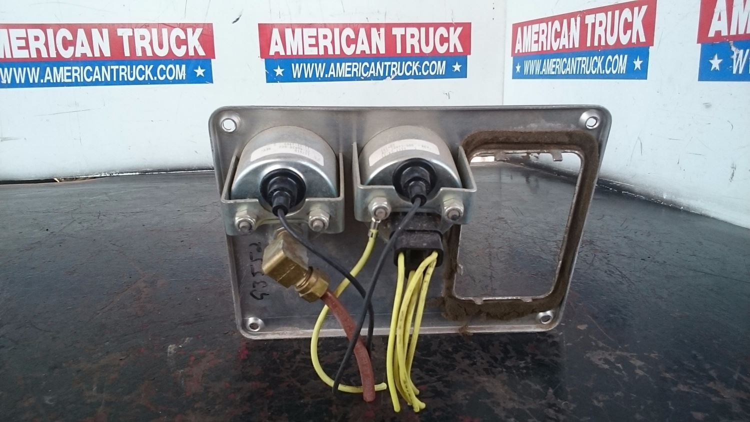 Used Parts for 2000 FREIGHTLINER FLD-120 for sale-58980217