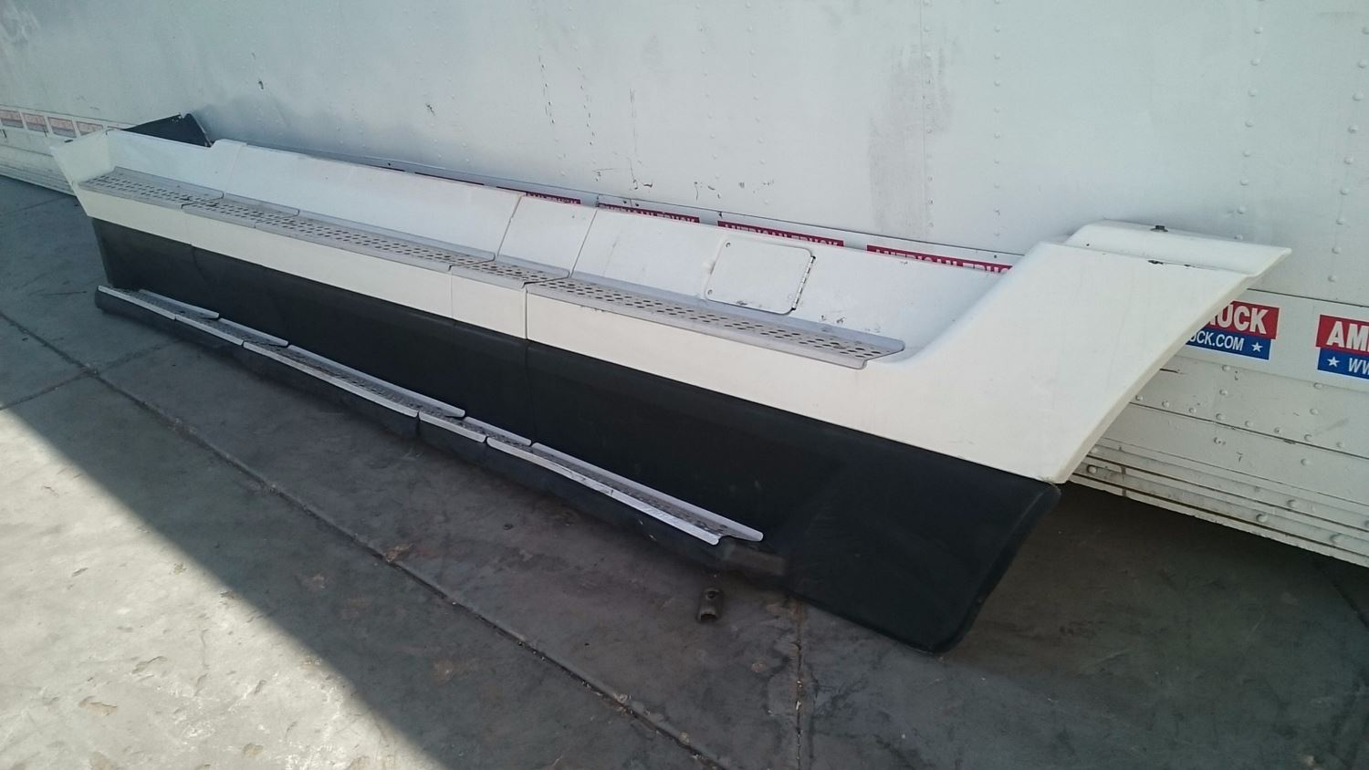 Used Miscellaneous for 2000 FREIGHTLINER FLD-120 for sale-58979327