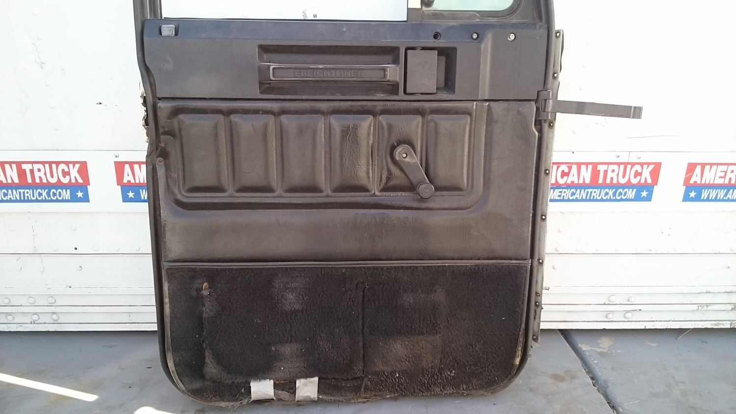 Used Parts for 2000 FREIGHTLINER FLD for sale-59042901