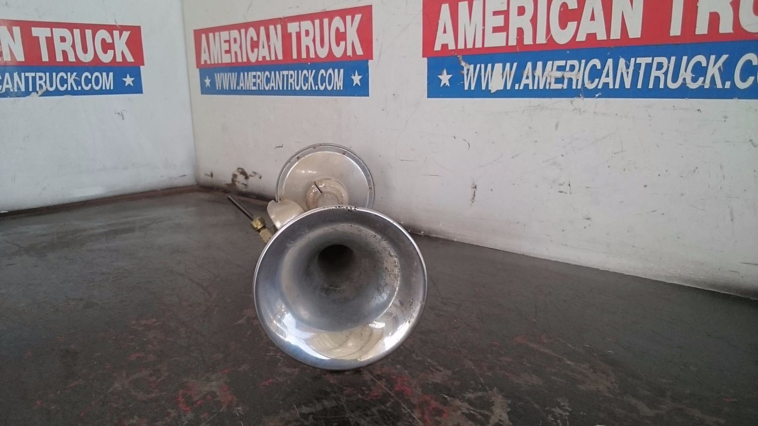 Used Parts for 2000 FREIGHTLINER FLD for sale-58979282