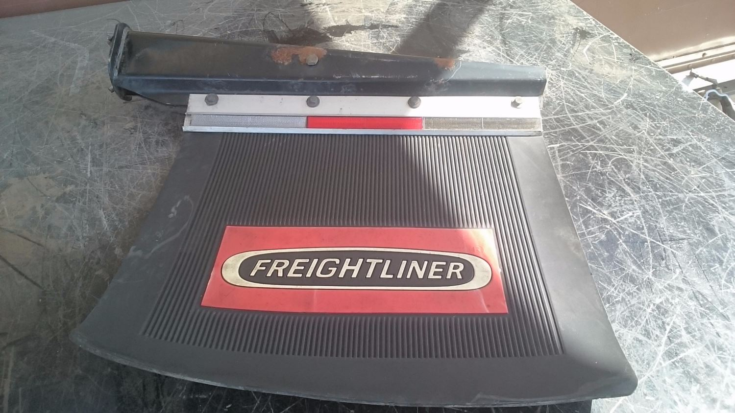 Used Miscellaneous for 2000 FREIGHTLINER FLD120 for sale-58979757