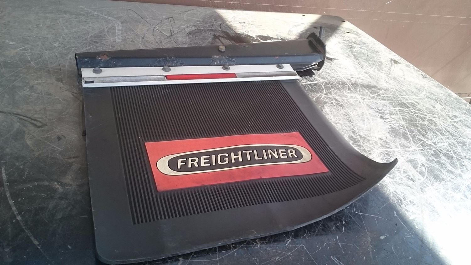 Used Miscellaneous for 2000 FREIGHTLINER FLD120 for sale-58979758