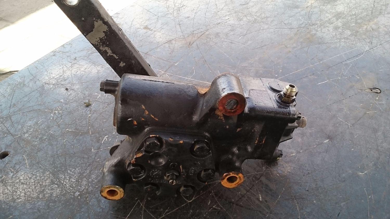Used Steering & Steering Parts - Steering Gears for 2000 INTERNATIONAL 4700 for sale-59043595