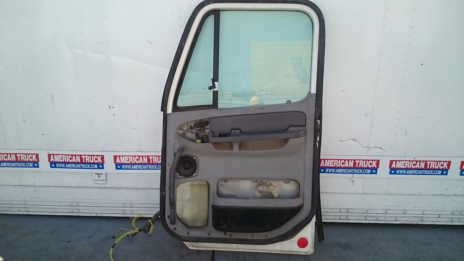 Used Parts for 2001 FREIGHTLINER CENTURY CLASS for sale-59042886