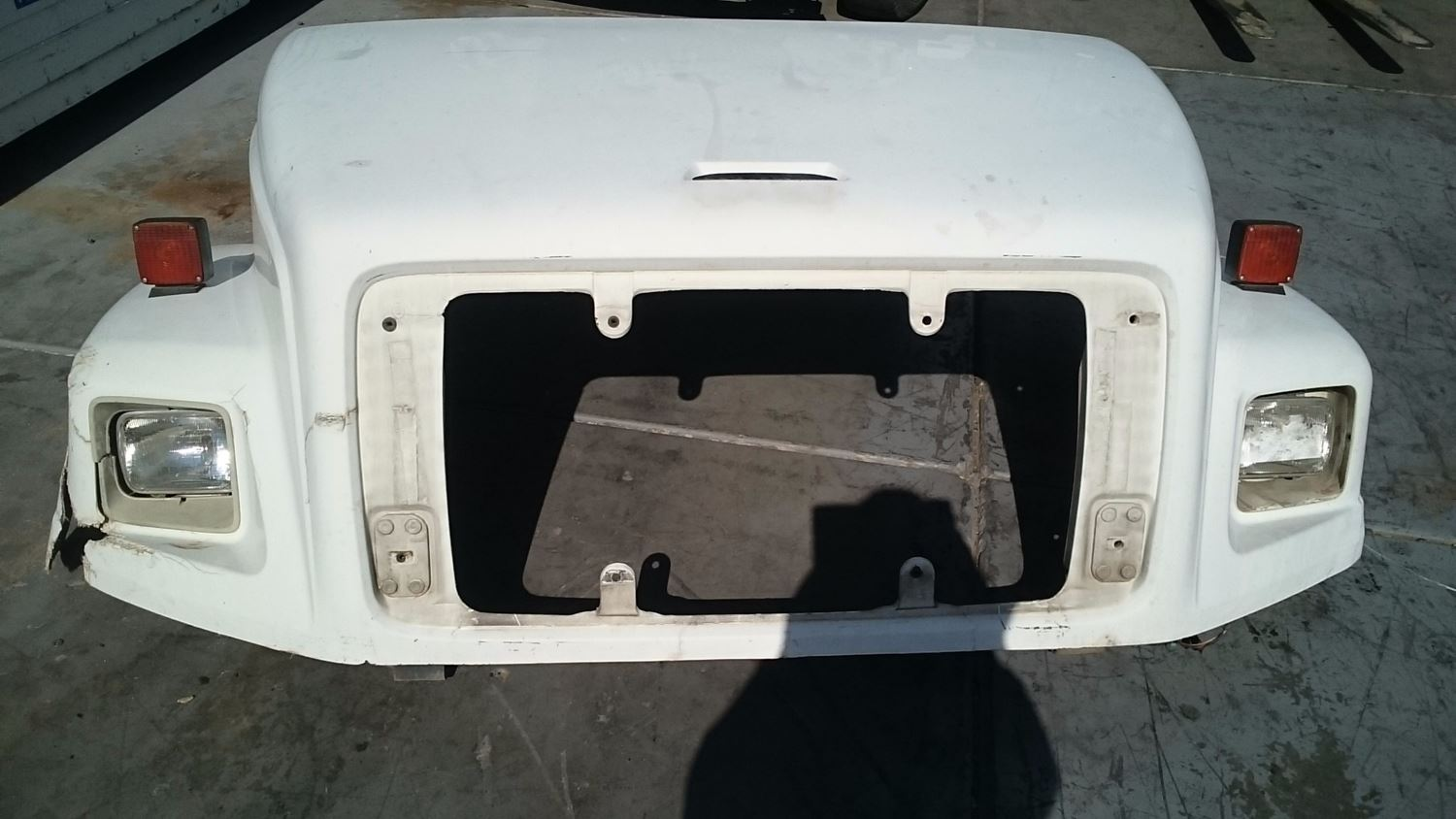 Used Parts for 2001 FREIGHTLINER FL80 for sale-59043063
